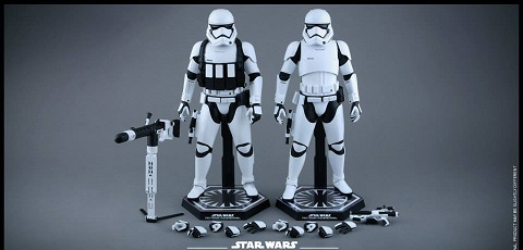 #shortcut: Hot Toys First Order Stormtroopers