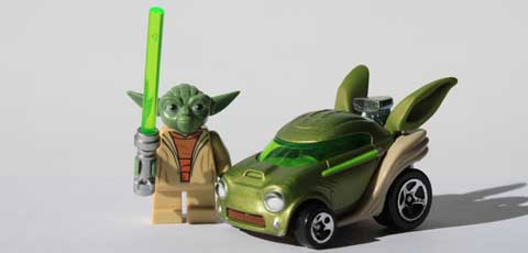 #review: Hot Wheels Yoda Character Car