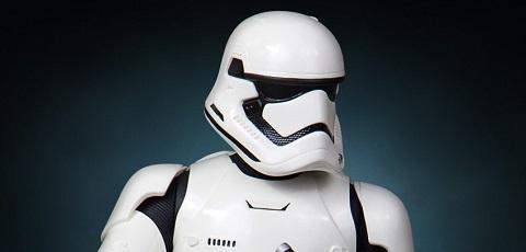 Gentle Giant First Order Stormtrooper Mini Bust präsentiert!