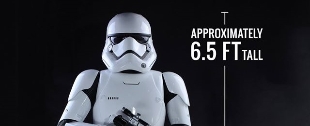 Hot Toys First Order Stormtrooper Life-Size Collectible präsentiert