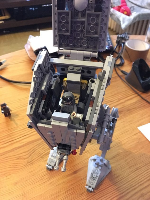 lego-star-wars-75153-at-st-live-7
