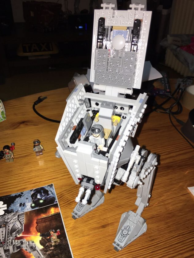 lego-star-wars-75153-at-st-live-8