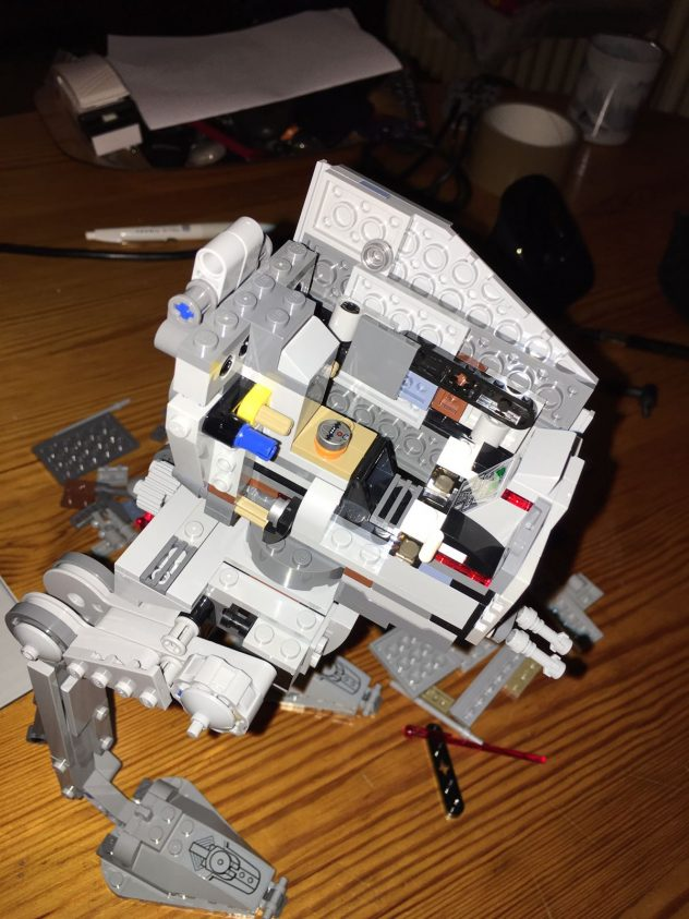 lego-star-wars-75153-at-st-live-9