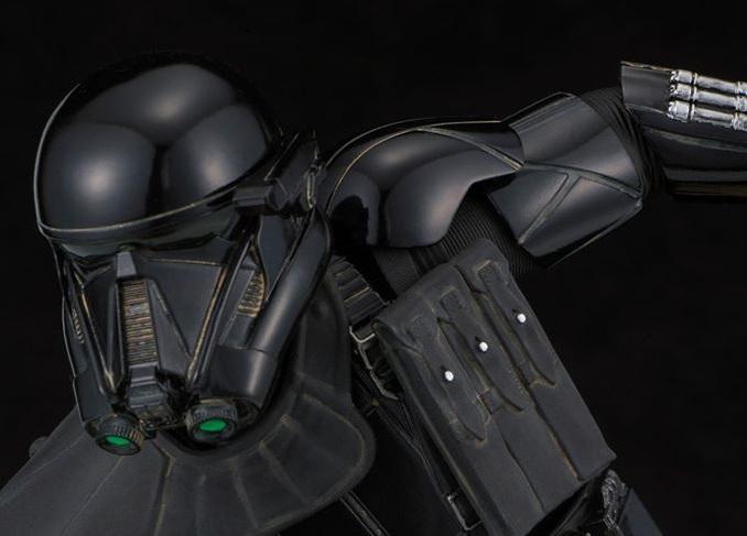#shortcut: Kotobukiya Death Trooper im Maßstab 1:7