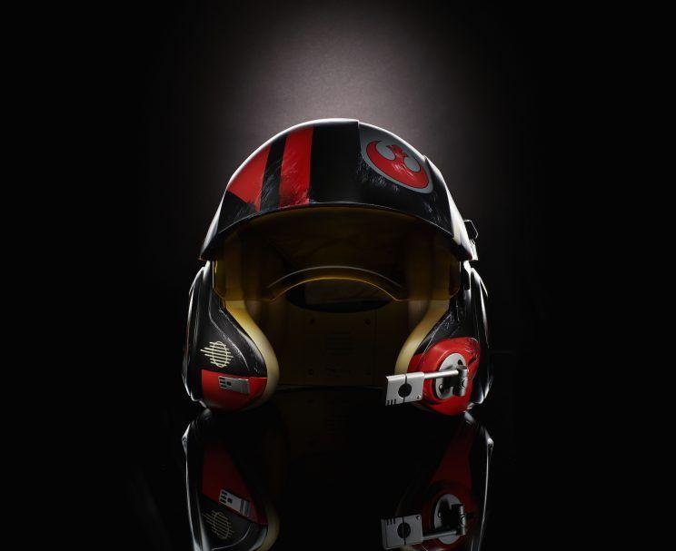 Der Black Series Poe Dameron Helm ist ebenfalls wieder vorbestellbar!