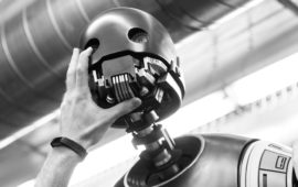 Sideshow Collectibles stellt K-2SO Life-Size Figure vor!