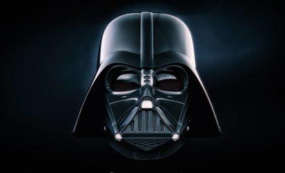 Erste Live-Bilder des Hasbro Black Series Darth Vader Helms