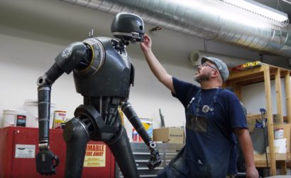 Sideshow K-2SO Life-Size Figure – Behind the Scenes Video